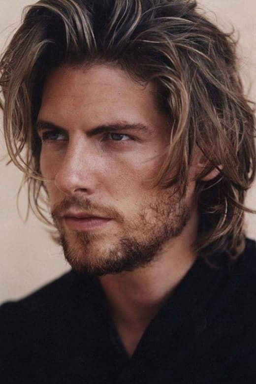 30 Shaggy Hairstyles For Men To Explore In 2021
