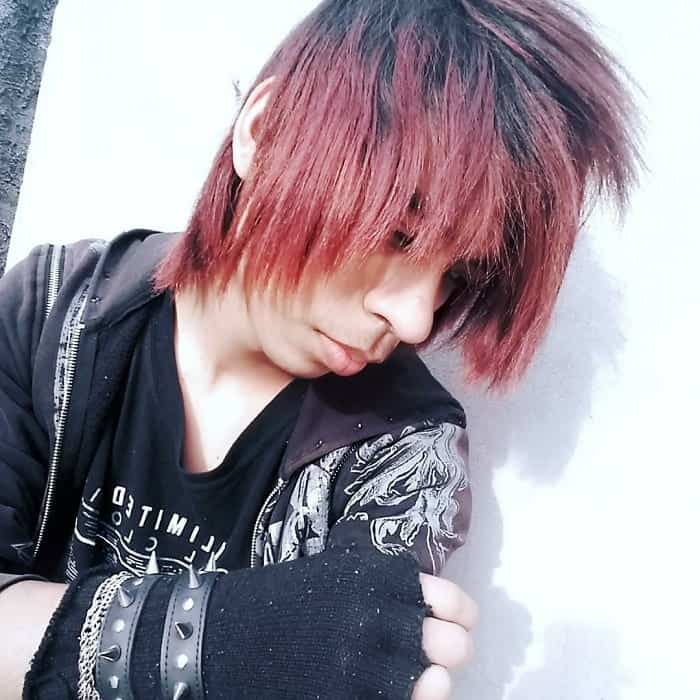 12 Unique Short Emo Hairstyles For Guys 2020 Hairstylecamp