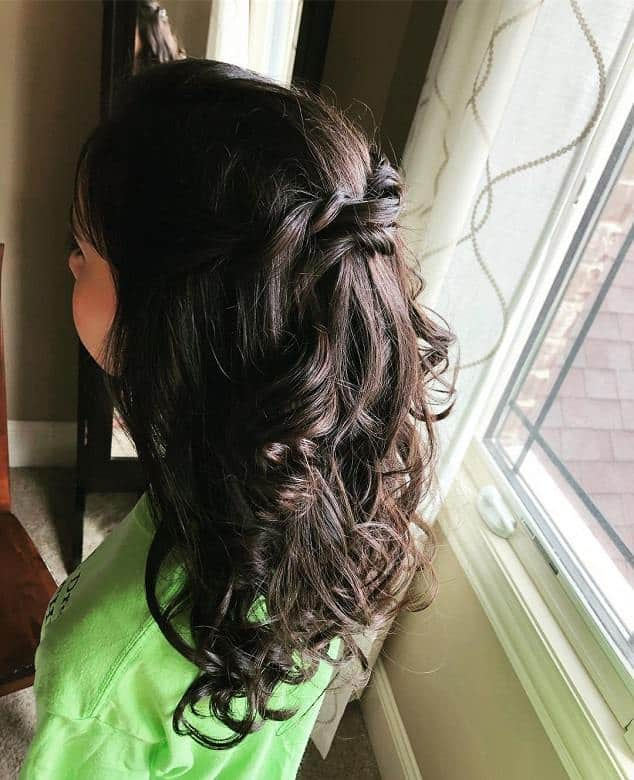 75 of The Cutest Hairstyles for Teenage Girls [2019 Updated]
