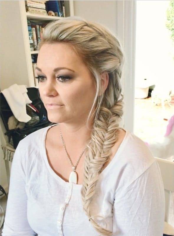 45 Mesmeric Wedding Guest Hairstyles For Women