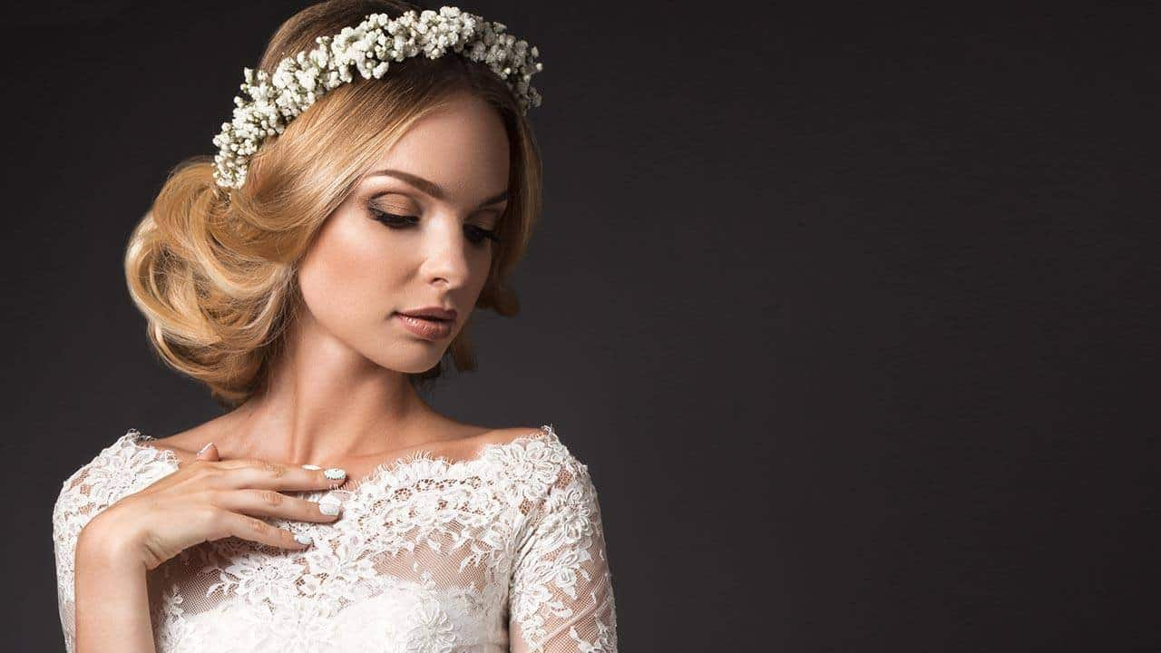 41 Best Wedding Hairstyles For Medium Hair [October. 2019]