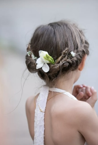 23 Endearing Wedding Hairstyles For Little Girls Hairstylecamp