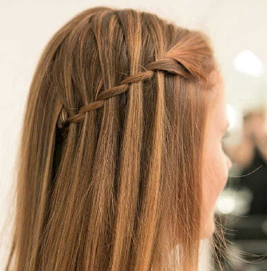 10 Endearing Wedding Hairstyles For Little Girls Hairstylecamp
